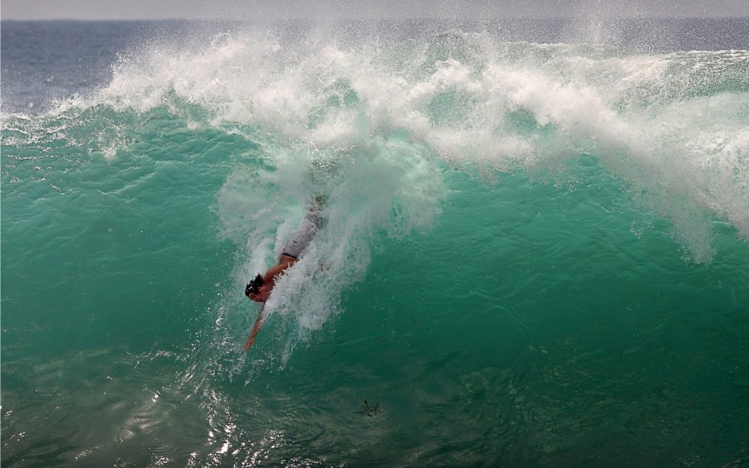 BODYSURF A 20 FT. WAVE? –  I'VE GOT THIS!